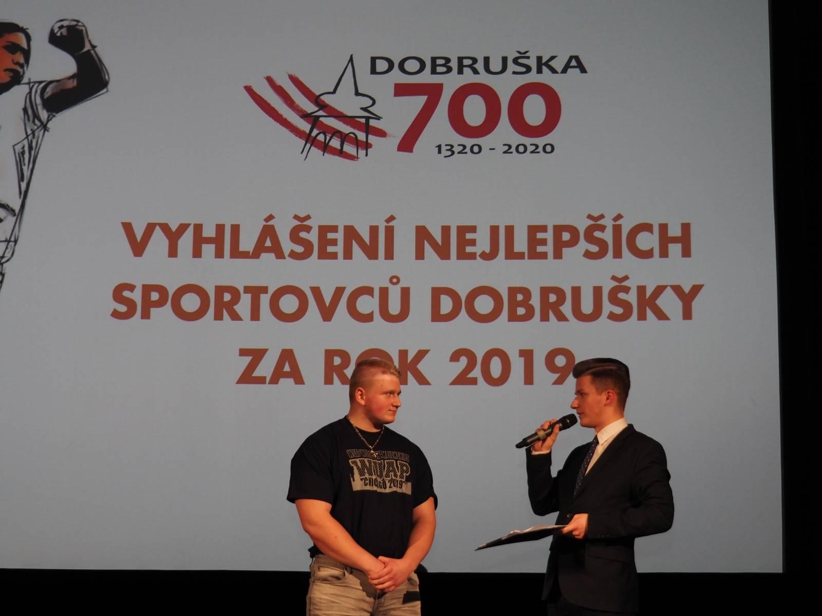 """Náš student se stal """"Nejlepším sportovcem Dobrušky za rok 2019"""""""