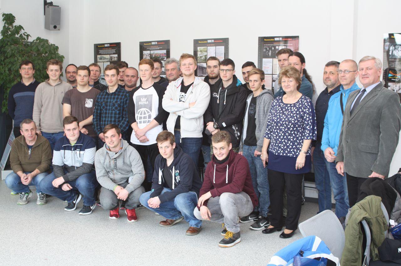 Budoucí strojní mechanici, dříve zámečníci, změřili svoje síly v krajské soutěži