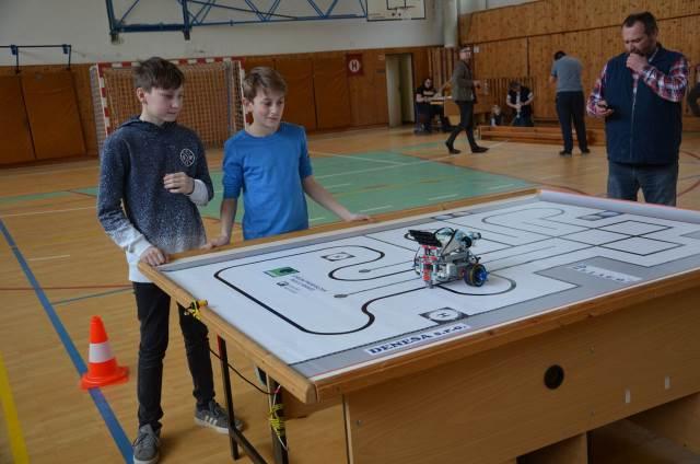 Mladí technici bodují