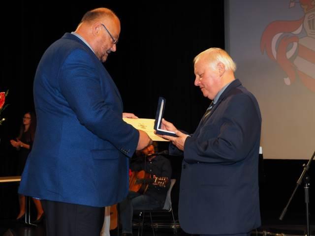 Rada města Dobrušky ocenila našeho ředitele